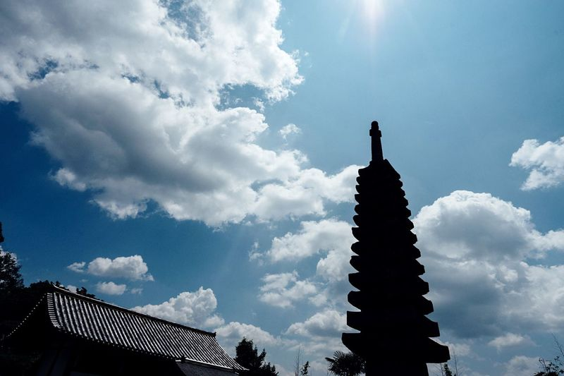 Summer Day Old Temple Temple Sunlight Tower Light And Shadow Nara Nara,Japan Getting Inspired Hello World Sky Low Angle View Cloud - Sky Hot Day August 2016 Stone Tower Japan 般若寺 十三重塔 石塔 奈良 Travel Capture The Moment Enjoying Life