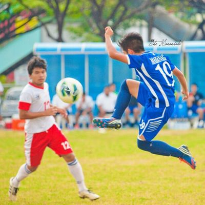 Walking on air 19 Mikko Mabanag Ateneofootball midfielder Uaap75 @19mikko @AteneoMFT Ateneo football instapic instagram instagraphy themanansala photography varsity manila milan newyork paris london ireland brazil