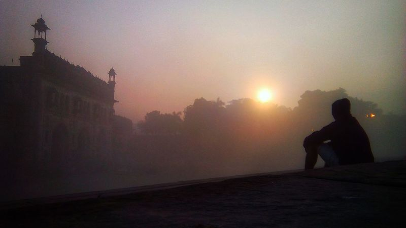 wish me a good morning !!😂 An Eye For Travel EyeEmNewHere Lucknowdiaries Fogg Lucknow Destination Imambara People Adult Fog Silhouette Winter Religion One Person Cold Temperature Outdoors Travel Destinations Beauty Sunset City Shades Of Winter