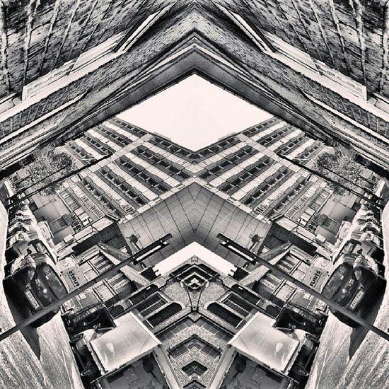 Symmetry Symmetryporn Symmetrybuff Abstracting_architects mirrorgram bnw_city bnw_London