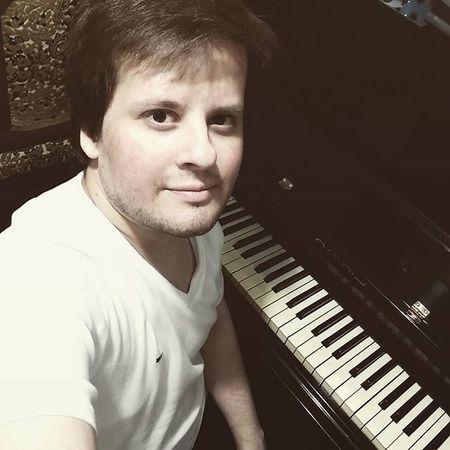 VSCO Vscogood TBT  Instalike Instagood Like4like Likes Vscocam Instamood Inst Instasize özçekim Selfie Iger Follow Followme Follow4follow Following Pianist Singer