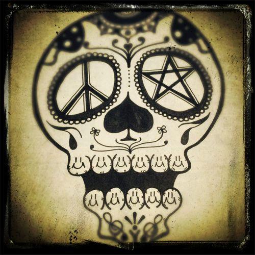 何となく描いてみたガイコツ君♬ Skull