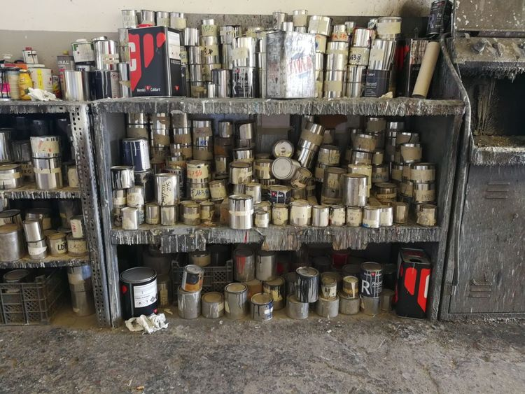 """""""Jars of paint"""" Indoors  No People Officine Officina  No Filters Or Effects Indoors  No Filter No Filter, No Edit, Just Photography Art Potography Jars Of Paint Jars Collection"""