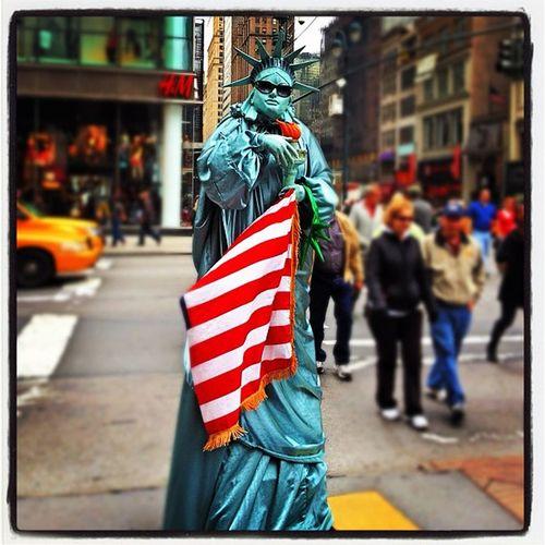 Lady Liberty Wanna-be! #nyc #statue NYC Tourist Travel Statue Newyork Mascot Newyorkcity Statuteliberty Gimmick Ladyliberty
