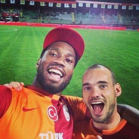 Galatasaray Cimbom 💛❤️ Johan Elmander💛❤ Martin Linnes💛❤ GALATASARAY ☝☝ Felipe Melo💛❤ Garry Rodrigues 💛❤ Yasin Öztekin💛❤ Wesley ❤ Semih Kaya💛❤ Jason Denayer💛❤ Lucas Podolski💛❤ Emmanuel Eboué💛❤ Josue💛❤ TolgaCigerci💛❤ Muslera💕 Sinan Gümüş💛❤ Armindo Bruma💛❤ Galatasaray Sevdası😍 Fatih Terim💛❤ Didier Drogba💛❤ BurakYılmaz💛❤ Sabri Sarıoğlu💛❤ Hakan Balta💛❤ Selçuk İnan💛❤