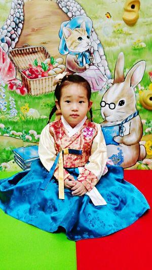 마마~~~~~^^ 어린이집행사 예닮한복 Cute First Eyeem Photo
