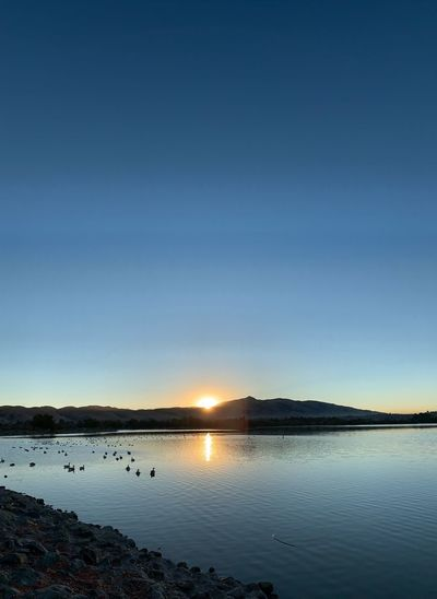 The sun comes out🌞☀️😎 Fremont Lake Elizabeth Sunrise Water Sky Tranquility