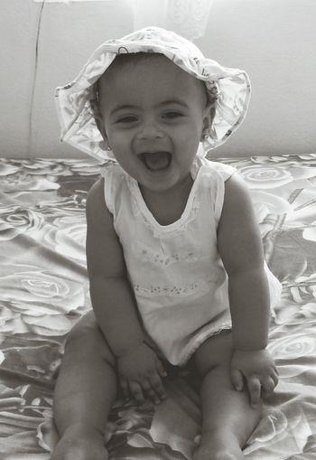 EyeEmNewHere Break The Mold Babygirl Happybaby Smile Photographic Memory Sister
