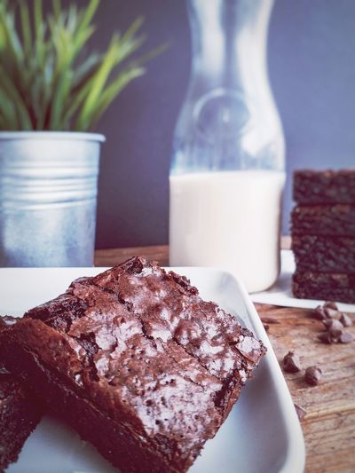 Close-up of brownies in plate on table