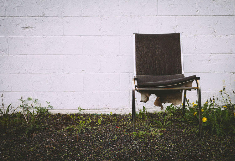 Chair White Space Built Structure Day Negative Space No People Outdoors Rule Of Thirds Single Chair White Wall