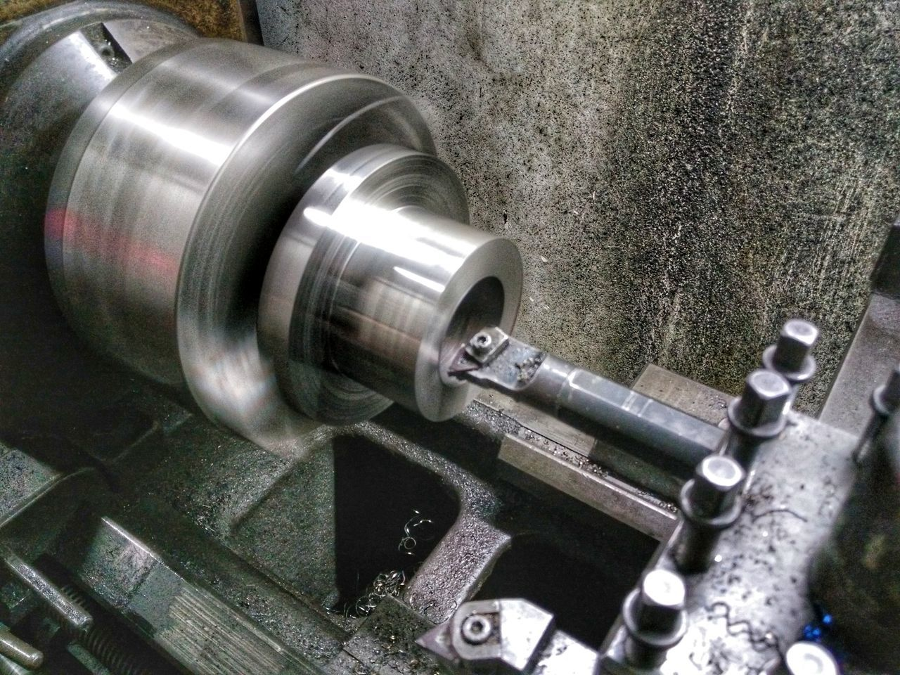 machinery, metal, industry, factory, manufacturing equipment, pipe - tube, indoors, no people, close-up, day, metal industry