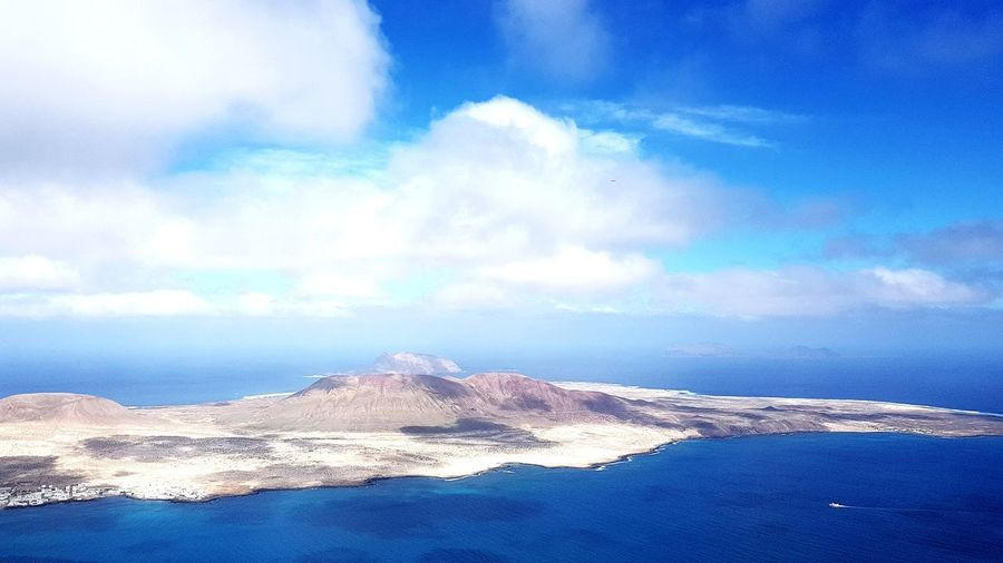 Paragliding between the islands Paragliding Flying La Graciosa Lanzarote Landscape Sky Skyporn Tranquility Volcano Antlantic Ocean Sea And Sky Island EyeEm Best Shots EyeEmNewHere Beauty In Nature Enjoying Life Feel The Journey Go Higher Summer Exploratorium