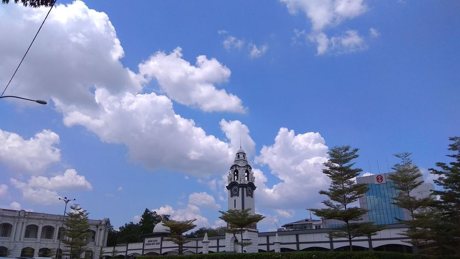 ipoh Statue Human Representation Sculpture Cloud - Sky Sky Architecture Built Structure Low Angle View Building Exterior No People Blue Travel Destinations Tree Outdoors Day