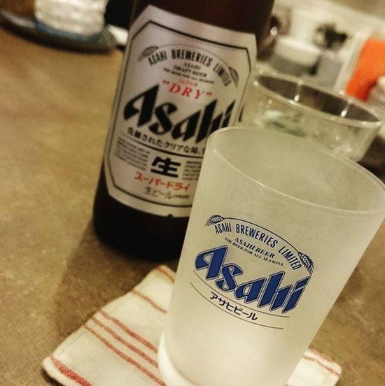 ご飯も食べたのでさてどうするかとOrangeへ。今度の領事面会の文章を考える。ちょっとビール飲みながら考える。美味しい。 Asahibeer