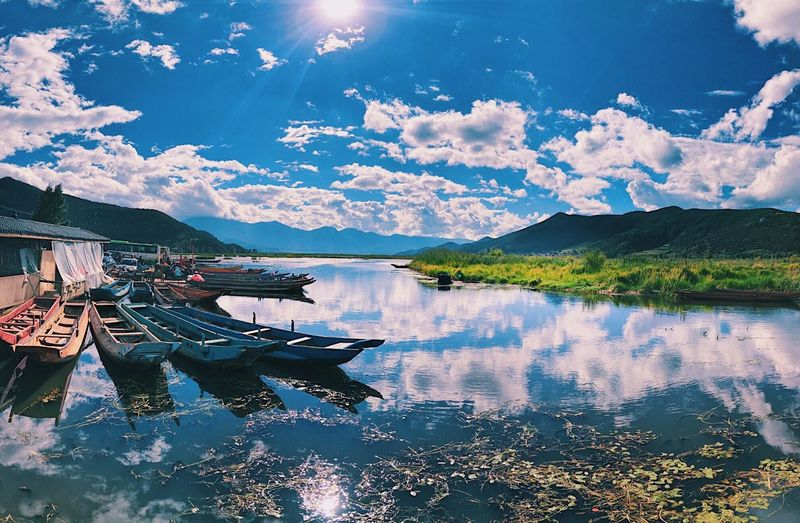 Sun Boat Lake China Travel Water Reflection Sky Cloud - Sky Nature Lake Beauty In Nature Mountain Outdoors EyeEmNewHere