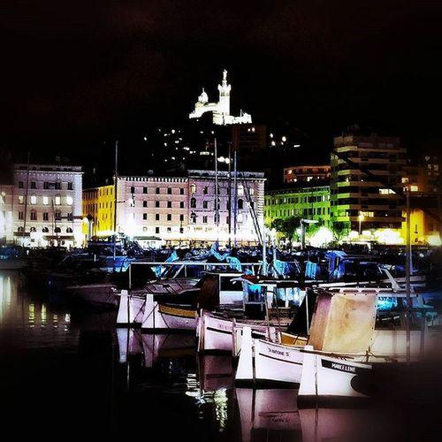 O L D P O R T ⚓ LG  Igersfrance Igersmarseille Igm_marseillejetaime Museum Oldport Harbour BonneMère Marseillerebelle Marseillecartepostale Marseillefr Lesphotographes Dxo Ig_masterpiece Ig_great_pics Ig_great_shots Ig_europe Ig_france Reflection Puddle Splash Boat Night Colors CNNMyCity