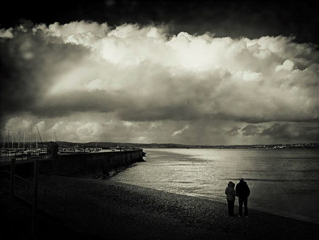 Hi guys hope you're all keeping well ❤️ IPhoneography Blackandwhite Wandering Black & White IPhone Photography Fortheloveofblackandwhite Black And White Photography Darkness And Light Tadaa Community Dark Art On The Beach By The Sea