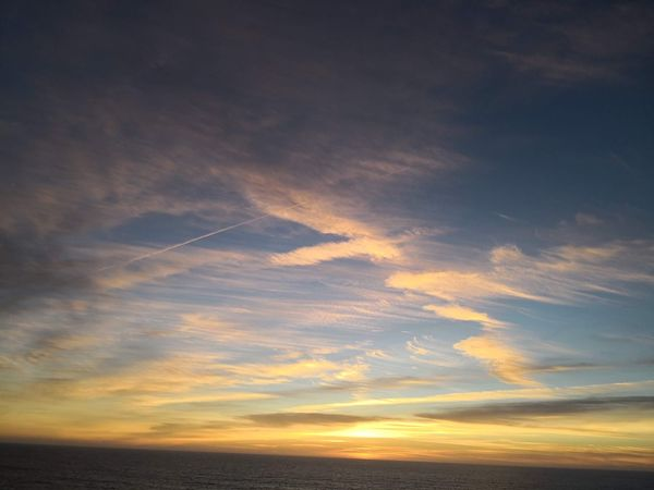 Mate 10 Pro 😉 Cloud - Sky Sky Beauty In Nature Sunset Scenics - Nature Tranquility Tranquil Scene Nature Outdoors Sea