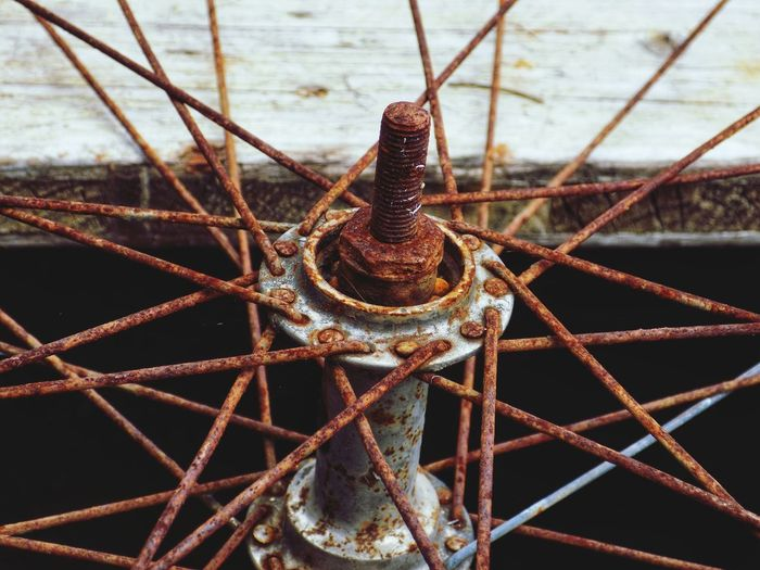 EyeEm Best Shots Taking Photos Taking Pictures Iron EyeEm Selects Water Sea UnderSea Nautical Vessel Rusty Close-up Tied Up Chain Rope Bollard Anchor - Vessel Part Tied Pulley Locked Anise