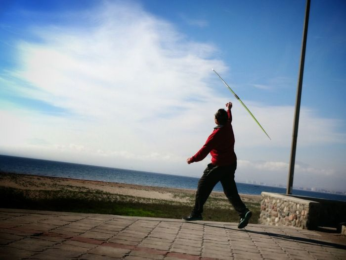 Old man throwing a javelin ? Street Photography Sports Taking Photos Sony QX10