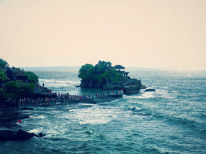 Bali Indonesia Banjar Holy Nature Pray Praying Religion Sea Temple Travel