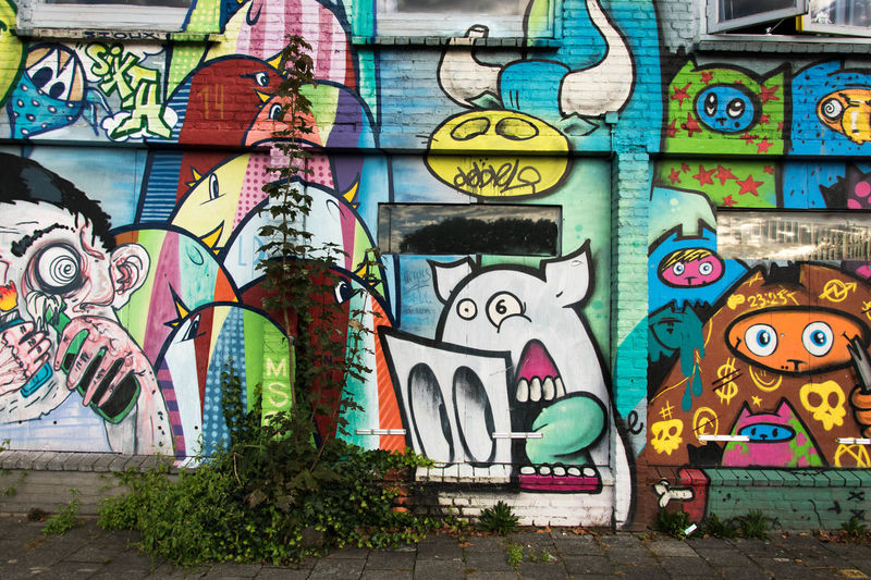 StreetArtEverywhere Urban Exploration Art And Craft Built Structure Citylife Citysights Citysightseeing Colorful Creativity Day Explore Graffiti Multi Colored No People Outdoors Street Art Streetart Streetart #street #streetphotography #tagsforlikes #sprayart #urban #urbanart #urbanwalls #wall #wallporn #graffitiigers #stencilart #art #graffiti #instagraffiti #instagood #artwork #mural #graffitiporn #photooftheday #stencil #streetartistry #photograp Streetphotography Urbanphotography