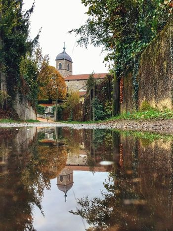 Reflection Tree Water Architecture Travel Destinations Outdoors Sky Nature Day No People Perouges Eyeem Collection EyeEm Gallery EyeEm Awards 2016 Tourist Tourism Travel Peace And Quiet Church Old Town Old House Old Architecture Building Exterior
