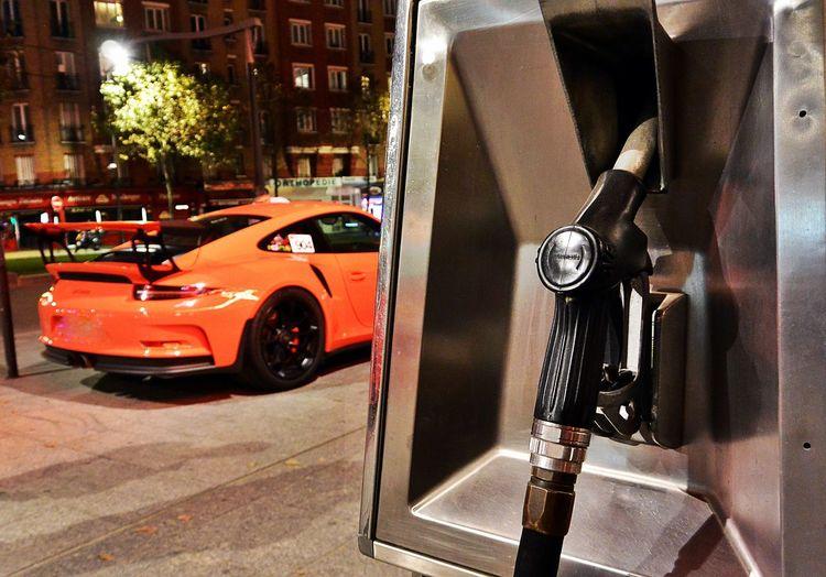 Car Focus Object Focus On Foreground Fuel Pump German Cars Night Orange Color Outdoors Pompe à Essence Porsche Porsche 911 Porsche 911 Gt3 My Year My View