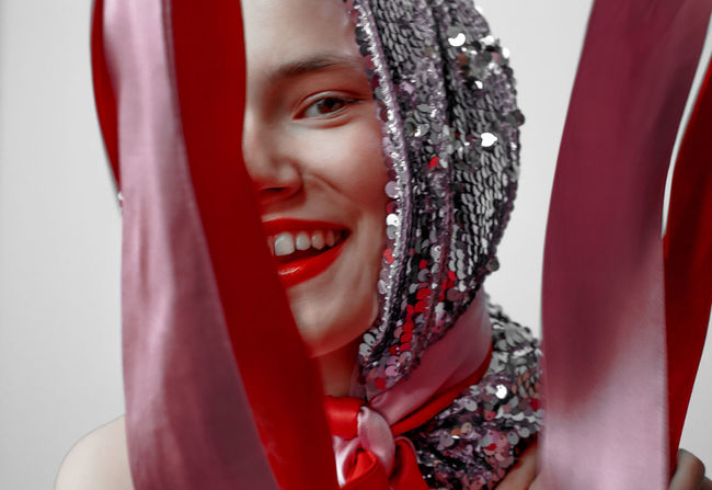 Red is Bad #4 Babushka of the 21st century Red Sparkling The Week on EyeEm TheWeekOnEyeEM Babushka Beautiful Woman Clothing Happiness Make Up Make-up Red Red Color Red Lipstick Scarf Scarves Smiling Sparks