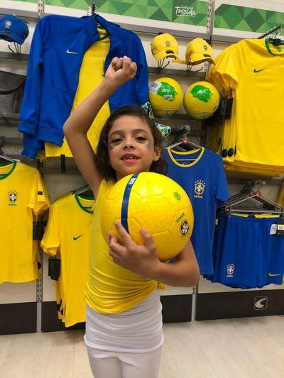 Brasil EyeEm Selects Childhood Child Girls Happiness Smiling Women Yellow Ball Sport One Person Innocence