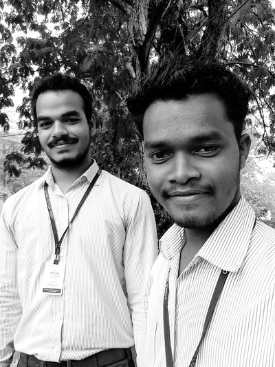Brothers Mid Adult Men Two People Looking At Camera Portrait Mid Adult Front View Togetherness Real People Day Young Adult Smiling Tree Men Outdoors Growth Happiness Lifestyles Bonding Only Men Friendship First Eyeem Photo