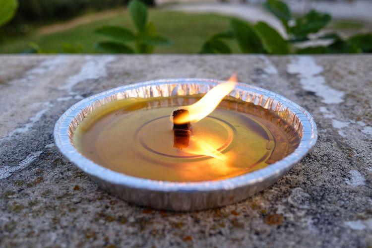 Citronella anti-mosquito candles