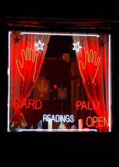 Manhattan Psychic Palm Reader