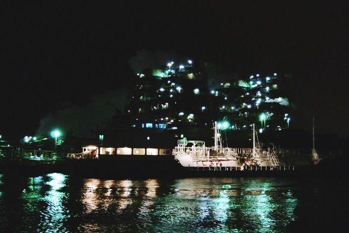 工場夜景クルーズ! Moody Sky Night View Creuse Ship Sea View Factory Building Yokohama Cool Photography