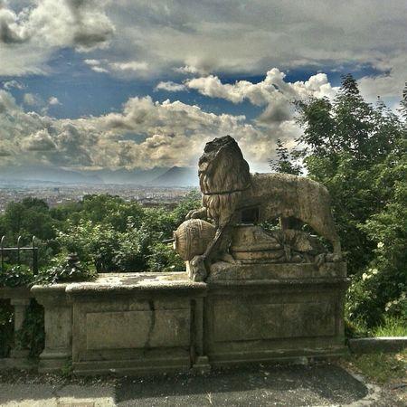 Scontro di civiltà Rovine Sculture Torino Villa Genero