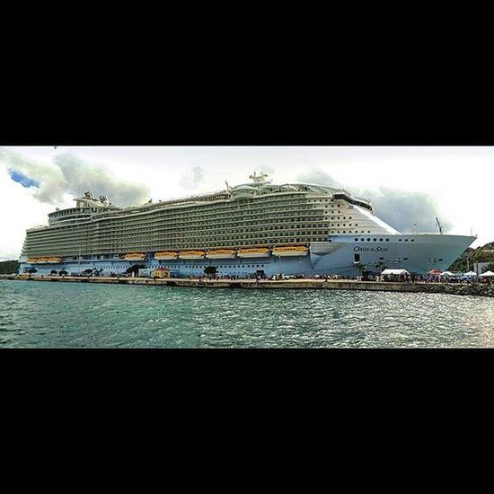 Oasisoftheseas in its Full Splendor Stthomas Caribbean RoyalCaribbean Conference Usvirginislands Usvi Vacation Ship Monstership Atlantic Ocean Atlanticocean