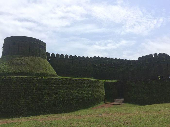 Mirjan fort! 🐾👣 Check This Outout fort]ort] Gokarna Karnataka India Packyourthingsandtravel Incredible India