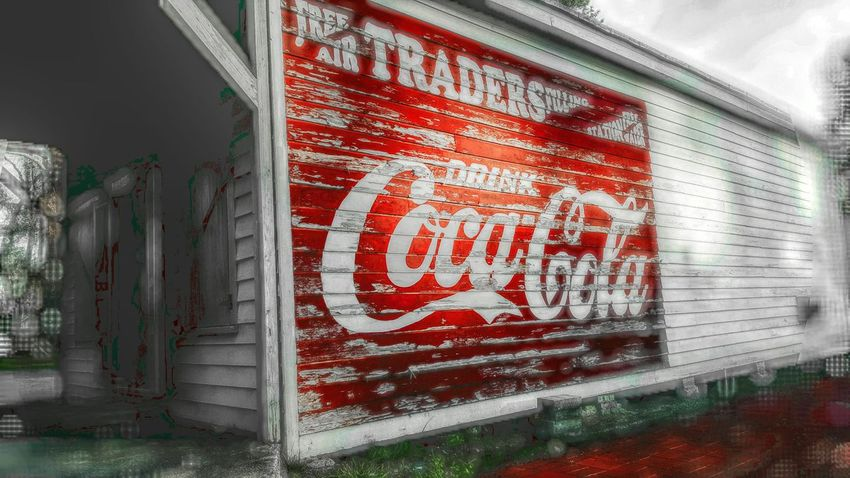 PhotographybyTripp Smartphone Photography Samsung Galaxy Note 5 Coca Cola Coke Collection EyeEm Best Shots Hint Of Color Advertising Photography