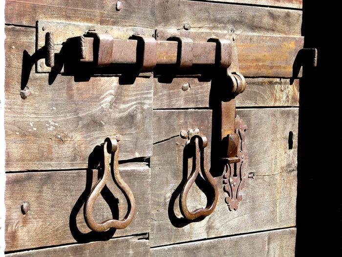 Italia Italy Portone Antico Portone Legno Antico Portone Antico Door Doors Doors Lover Communication Text Alphabet Close-up Architecture