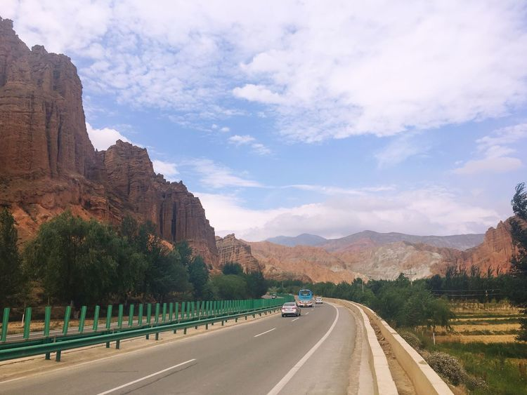Check This Out Hello World Danxia Landform IPhoneography Road Trip Danxia Landscape Road Traveling On The Way
