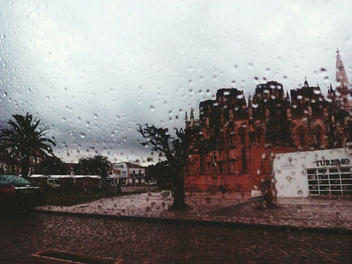 Mosteirobatalha Rain Rayning Day Carwindow