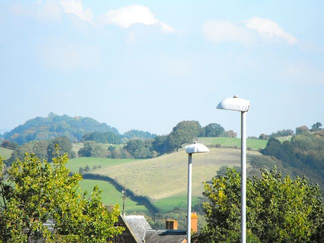 Hazy  Hills & Lamp Posts ... Newtown Powys Wales Autumn Fall Otoño осень холмы