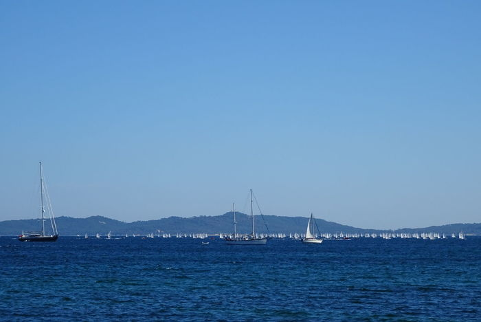 Water Sea Clear Sky Yachting Plaisance Clear Sky Reflection Mer Sailboat Sky Bateau ❤️ Voiles Et Voiliers