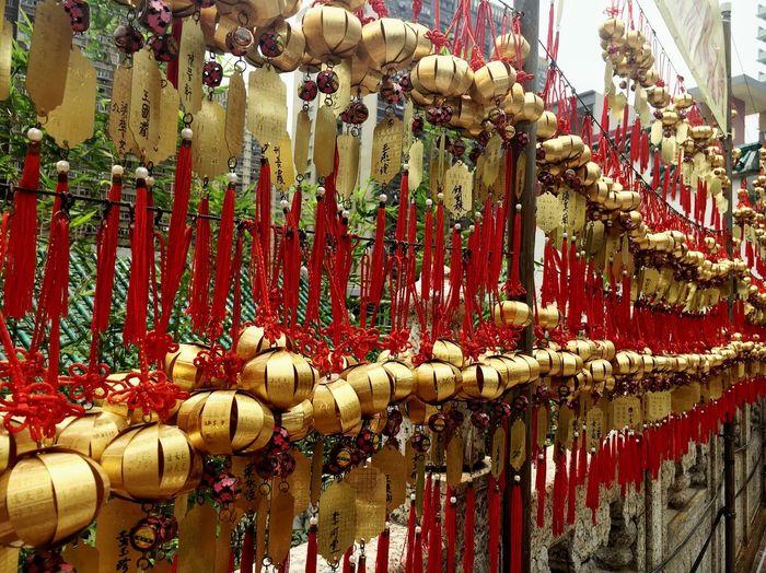 #temple #sightseeing #trekking #travelling #tourism #travel #wongtaisin Bell Culture History History Place Hong Kong HongKong Hongkong Photos Kowloon Lucky Polite Siksikyuen Temple Tourism Travel IPhoneography Iphonephotography Iphoneonly IPhone Photography IPhone Iphone6plus Iphonegraphy