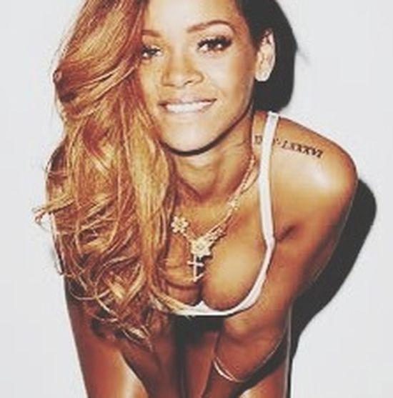 La meilleure.^.^ My Idol Rihanna is perfect.