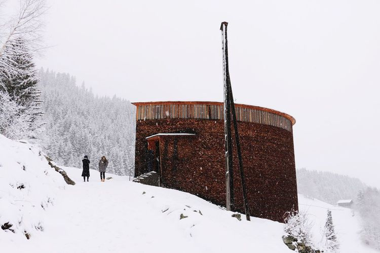 Sint Benedetg chapel in the snow! Amazingly beautiful project of Peter Zumthor. Architecture_collection The Architect - 2015 EyeEm Awards