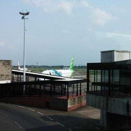 Pesawat kita nih? Bandara Jakarta Tangerang Citilink home