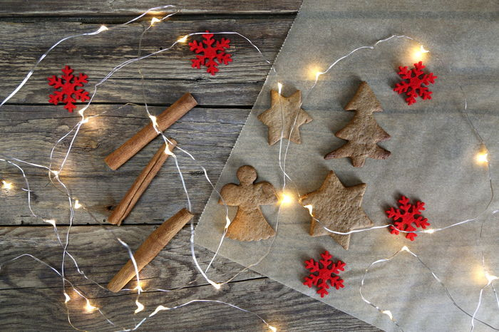 Advent Celebration Christmas Christmas Decoration Christmas Ornament Christmas Present Christmas Tree Cinnamon Close-up Cookie Cultures Decoration Domestic Life Gingerbread Illuminated Indoors  No People Shape Star Anise Star Shape Studio Shot Tradition Tree