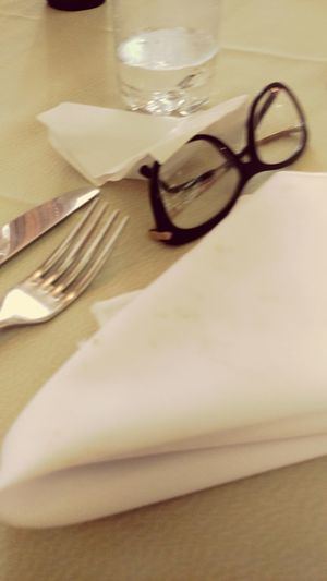 Restaurant EtiquetteDinner I Love Food 💜 Eat Me...Now!