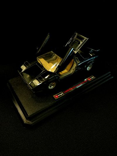 My Old Collection... Burago Lamborghini Countach 5000 (1988) P4lsoe